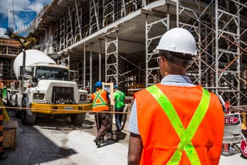 Why Construction Workers Need A CSCS Card